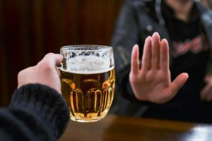 Phạt đến 03 triệu đồng nếu ép buộc người khác uống rượu bia